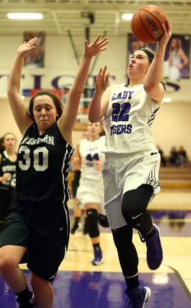 11-22-16<br /> Northwestern vs Western girls basketball<br /> NW's Taylor Boruff<br /> Kelly Lafferty Gerber   Kokomo Tribune