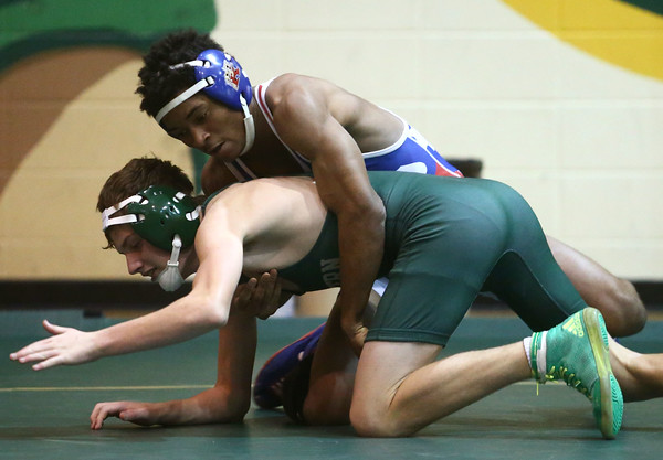 11-30-16<br /> Eastern vs Kokomo wrestling<br /> Kokomo's Jabin Wright and Eastern's Macaiah White<br /> Kelly Lafferty Gerber | Kokomo Tribune