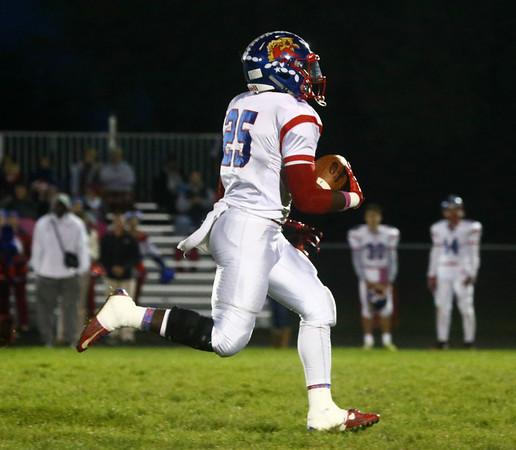 10-28-16<br /> Kokomo vs Huntington North football<br /> Dashaun Barbary runs the ball for a touchdown.<br /> Kelly Lafferty Gerber | Kokomo Tribune