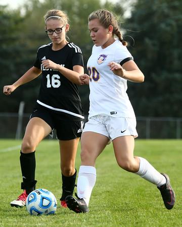 10-6-16<br /> Western vs Marion girls soccer<br /> Western's Andrea Reeder and Marion's Ellie Vermillion.<br /> Kelly Lafferty Gerber   Kokomo Tribune