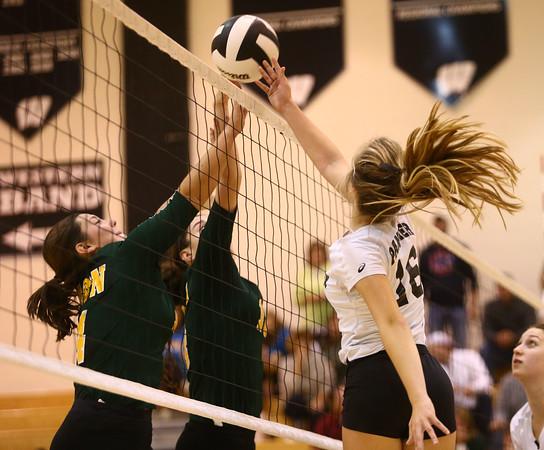 10-22-16<br /> Western vs Benton Central sectional vball championship<br /> <br /> Kelly Lafferty Gerber   Kokomo Tribune