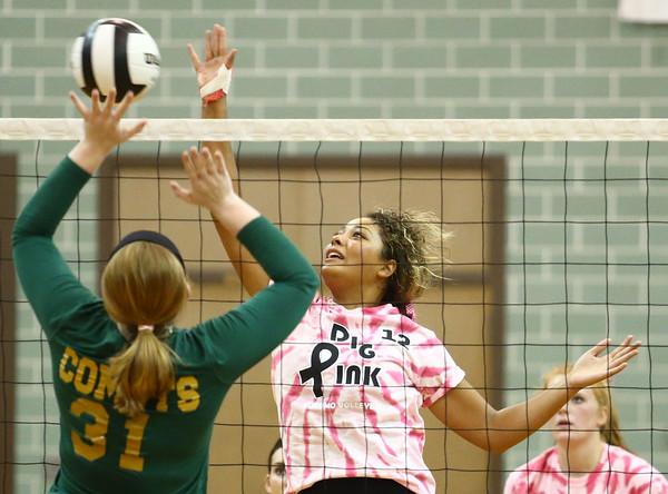 10-12-16<br /> Kokomo vs Eastern volleyball<br /> Kokomo's Deztanie Gaines<br /> Kelly Lafferty Gerber   Kokomo Tribune