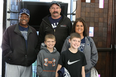 2016 Ravens at Cowboys Players and Cheerleaders Meet and Greet