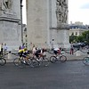 Chris Froome in yellow jersey (ultimate GC winner) making his way around the Arch...