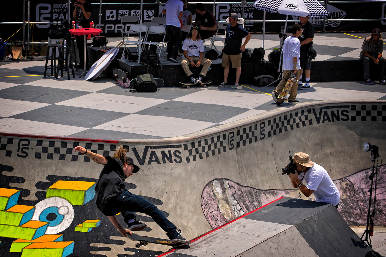 Vans Pro surfing HB 23