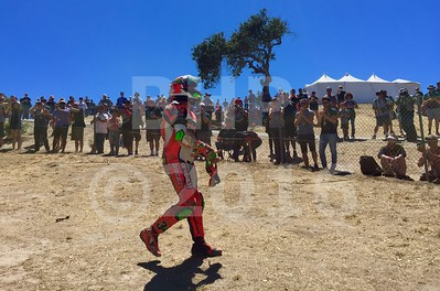 Fans applaud Davide Giugliano ITA Ducati Panigale R Aruba.it Racing - Ducati, The Motul FIM Superbike World Championship, GEICO Motorcycle U.S. Round, featuring the Honda Superbike Showdown of California at Mazda Raceway Laguna Seca