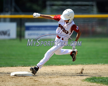 8/12/2016 Mike Orazzi | Staff Connecticut's Michael Iannazzo (7) rounds second base during the Eastern Regional Little League Tournament at Breen Field Friday.