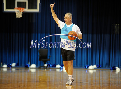 2/20/2016 Mike Orazzi | Staff NBC Connecticut Meteorologist Bob Maxon  during the the 7th Annual Men Make a Difference, Men Against Domestic Violence Celebrity Half-Time Basketball Game in Detrick Gymnasium at CCSU on Saturday.