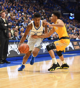 Kentucky's Malik Monk drives to the paint as Valparaiso's Micah Bradford on Wednesday evening.  MARTY CONLEY/ FOR THE DAILY INDEPENDENT