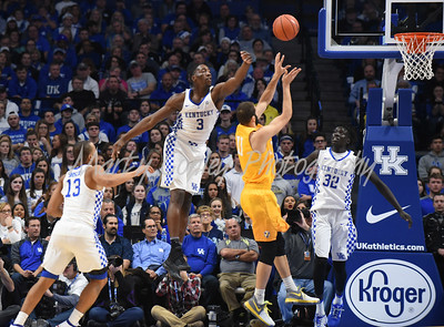 Kentucky's Bam Adebayo attempts to block Valparaiso's Shane Hammink shot on Wednesday evening.  MARTY CONLEY/ FOR THE DAILY INDEPENDENT