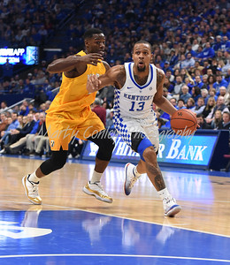 Isaiah Briscoe of Kentucky drives to the basket as Valparaiso's Max Joseph defends.  MARTY CONLEY/ FOR THE DAILY INDEPENDENT