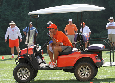 Dabo watches OL
