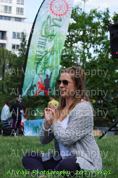 2017-05-21 Yoga Rocks the Park - Liz Hagestad