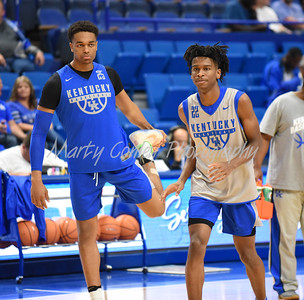 Kentucky's PJ Washington and Shai Gilgeous-Alexander warm up prior to Friday evening's Blue-White game at Rupp Arena.  MARTY CONLEY/ FOR THE DAILY INDEPENDENT