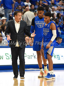 Kentucky head coach, John Calipari talks with Quade Green and PJ Washington on Friday during the Blue- White game in Lexington.  MARTY CONLEY/ FOR THE DAILY INDEPENDENT