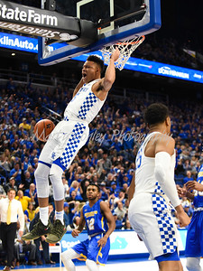 Kentucky's Kevin Knox dunks on Monday against Morehead State.  MARTY CONLEY/ FOR THE DAILY INDEPENDENT