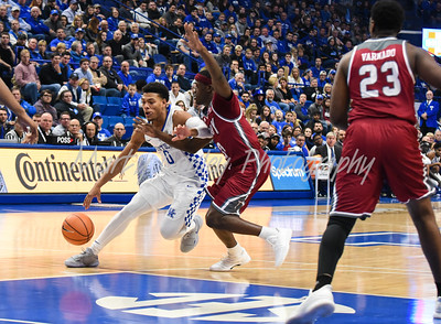 Quade Green of Kentucky drives in the paint on Monday against Troy.  MARTY CONLEY/ FOR THE DAILY INDEPENDENT