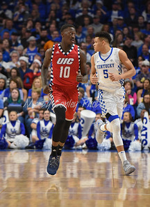 UIC's Dikembe Dixson runs back after scoring on Sunday against Kentucky.  MARTY CONLEY/ FOR THE DAILY INDEPENDENT