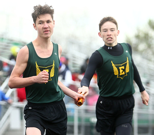 4-22-17<br /> Eastern track and field<br /> Eastern's Alex Morrow hands the baton off to Jared Smith in the 4x800 relay.<br /> Kelly Lafferty Gerber | Kokomo Tribune