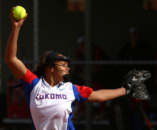 4-11-17<br /> Kokomo vs Taylor softball<br /> Kokomo's Lauryn Hicks pitches.<br /> Kelly Lafferty Gerber | Kokomo Tribune