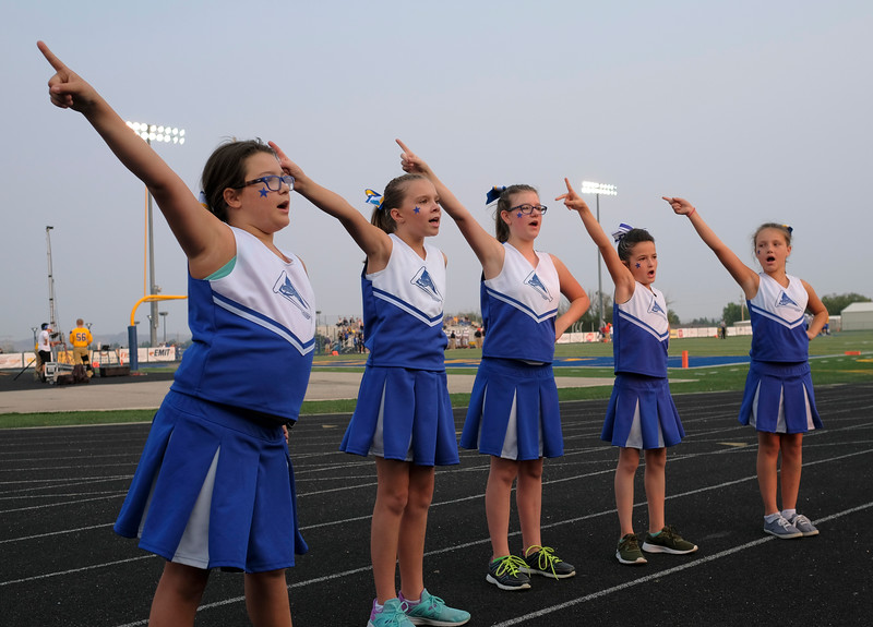 Justin Sheely | The Sheridan Press<br /> Gold Squad Cheerleaders practice prior to the game against the Mustangs Friday night at Sheridan High School. From left, Bridgette Price, Josilin Drog, Danielle Duenou, Lylyahna Hancock and Mackenzie Thorson.