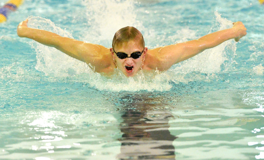 Justin Sheely | The Sheridan Press<br /> Sheridan's Caleb Johannesmeyer competes in the 200 SC Meter Medley Relay during the boys swim meet Friday at the Sheridan Junior High School Pool.