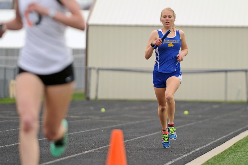 Laura Alicke runs in the 4x800-meter relay during the Gary Benson Memorial track meet on Tuesday, April 18 at Sheridan High School. Mike Pruden | The Sheridan Press