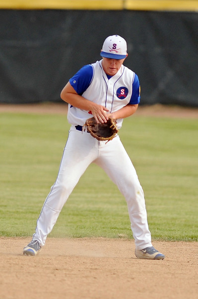 Jacob Boint fields a bad hop at second base during Sheridan's 8-7 win over Laurel on Wednesday, July 5 at Thorne-Rider Stadium. Mike Pruden | The Sheridan Press