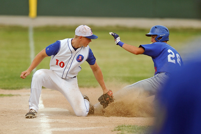 Third baseman Nolan McCafferty lays down a tag during Sheridan's 8-7 win over Laurel on Wednesday, July 5 at Thorne-Rider Stadium. Mike Pruden | The Sheridan Press