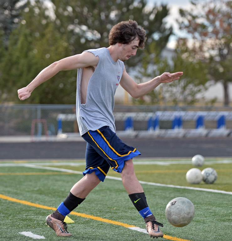 Noah Iberlin controls a pass during a drill at soccer practice on Wednesday, March 15 at Homer Scott Field. Mike Pruden | The Sheridan Press