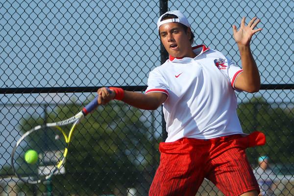 Daniel Socias playing tennis at KHS on Aug. 28, 2017. <br /> Tim Bath | Kokomo Tribune