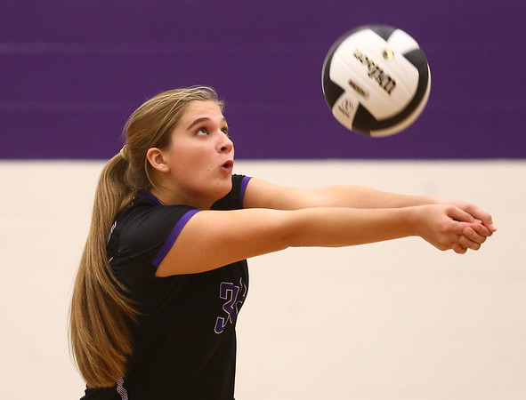 8-29-17<br /> Northwestern vs. Clinton Central volleyball<br /> Ashley Cunningham sets the ball.<br /> Kelly Lafferty Gerber | Kokomo Tribune