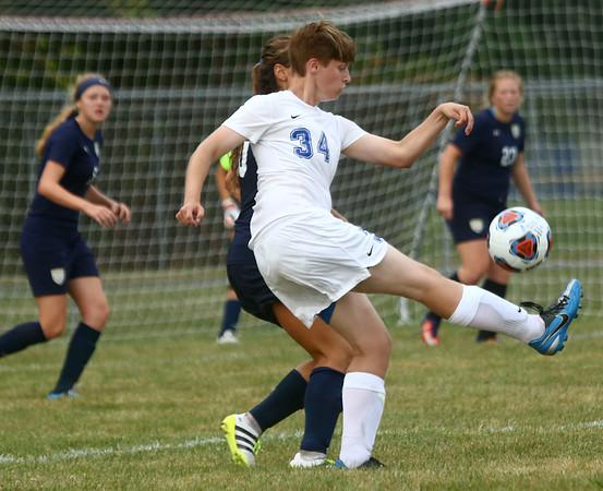 8-16-17<br /> Kokomo vs Oak Hill girls soccer<br /> Kokomo's Kirstin Pierce goes after the ball.<br /> Kelly Lafferty Gerber   Kokomo Tribune