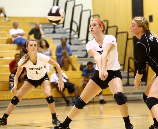 8-15-17<br /> Western vs Kokomo volleyball<br /> Western's Darian Hall digs the ball.<br /> Kelly Lafferty Gerber | Kokomo Tribune