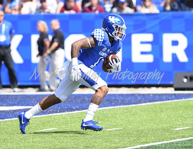 Kentucky's Lynn Bowden Jr. returns a kick on Saturday against Eastern Kentucky.  MARTY CONLEY/ FOR THE DAILY INDEPENDENT