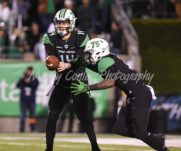 Marshall quarterback, Chase Litton hands off to Tyler King on Saturday against Western Kentucky.  MARTY CONLEY/ FOR THE DAILY INDEPENDENT