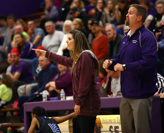 12-14-17<br /> Northwestern girls basketball coaches<br /> Kathie Layden and her husband Jeff coach their players on the court.<br /> Kelly Lafferty Gerber | Kokomo Tribune