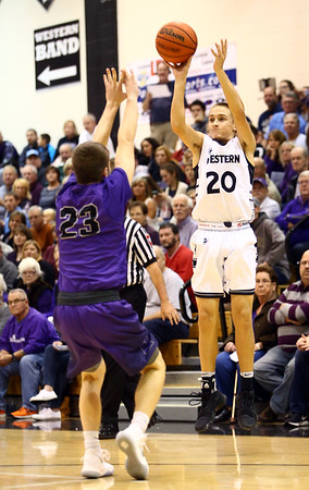 12-1-17<br /> Northwestern vs Western boys basketball<br /> <br /> Kelly Lafferty Gerber | Kokomo Tribune