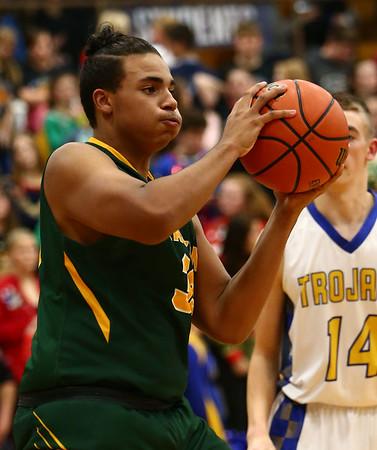 12-8-17<br /> Eastern vs Tri Central boys basketball<br /> Eastern's Antonio Matthews looks for a pass.<br /> Kelly Lafferty Gerber | Kokomo Tribune
