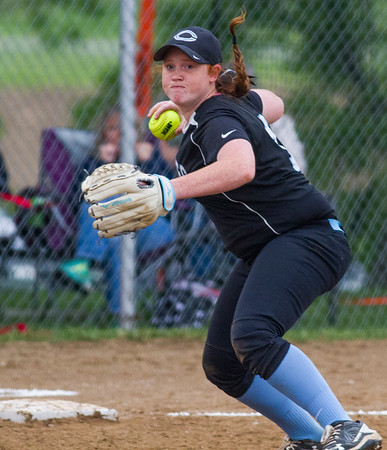 FIRST TEAM<br /> Jazzmine Oakley<br /> <br /> Cumberland<br /> <br /> Statistics<br /> <br /> .395 BA, .535 OBP, .566 SLG, 7 2B, 3 3B, 15 RBI, 29 R, 25 BB<br /> <br /> Awards/Honors<br /> <br /> First Team All-Little Okaw Valley Conference Southeast Division