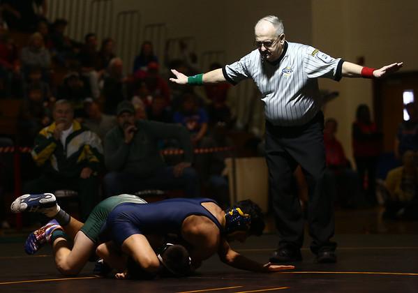 2-4-17<br /> Regional wrestling<br /> Eastern's Gerald Pearson and Oak Hill's Bhupesh Chauhan in the 113.<br /> Kelly Lafferty Gerber | Kokomo Tribune