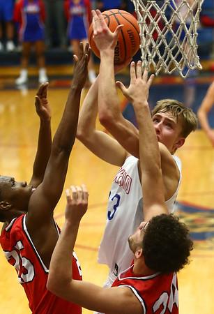 2-10-17<br /> Kokomo vs Richmond boys basketball<br /> Kokomo's Anthony Barnard looks to the basket for a shot.<br /> Kelly Lafferty Gerber | Kokomo Tribune
