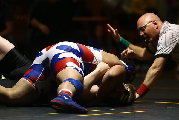 2-4-17<br /> Regional wrestling<br /> Kokomo's Nick Fox and NW's Max Clark in the 220.<br /> Kelly Lafferty Gerber   Kokomo Tribune