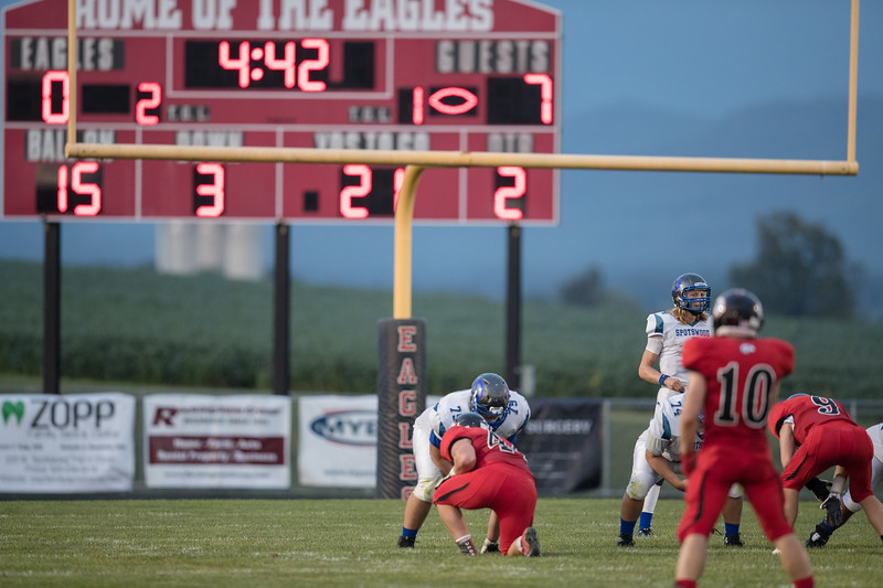 Alec High prepares to take a snap  as the Blazers hold on to a 7 point lead in the second quarter