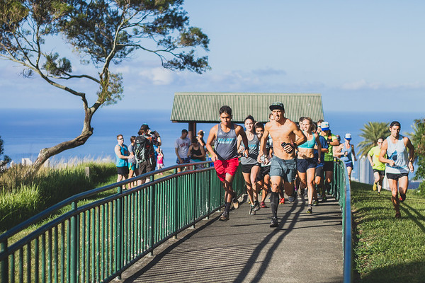 2017-04-15-HURT-Vi's-Top-of-Tantalus-trail-race-IMG_1392