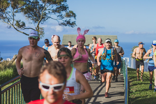 2017-04-15-HURT-Vi's-Top-of-Tantalus-trail-race-IMG_1402