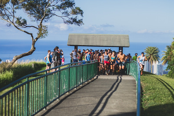 2017-04-15-HURT-Vi's-Top-of-Tantalus-trail-race-IMG_1388