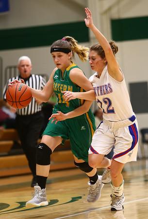 1-31-17<br /> Eastern vs Elwood girls basketball<br /> Eastern's Cassie Williams dribbles down the court with Elwood's Brookelyn Creamer at her side.<br /> Kelly Lafferty Gerber | Kokomo Tribune