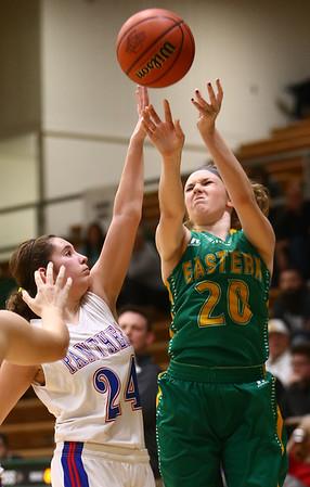 1-31-17<br /> Eastern vs Elwood girls basketball<br /> Eastern's Kaylee Weeks shoots.<br /> Kelly Lafferty Gerber | Kokomo Tribune