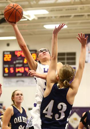 1-11-17<br /> Northwestern vs Oak Hill girls basketball<br /> NW's Madison Layden shoots.<br /> Kelly Lafferty Gerber | Kokomo Tribune
